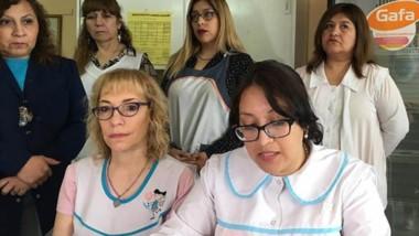 El cuerpo docente de la escuela salió a respaldar a la directora del establecimiento.