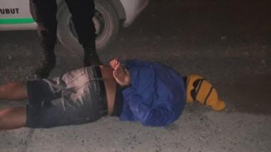 La Policía se dio cuenta de que era él por el llamativo gorro de lana que llevaba puesto al momento del robo.