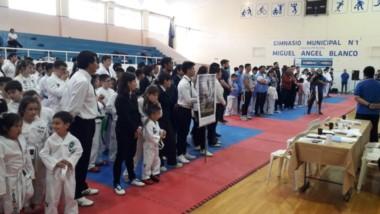 """el sabado quedó inaugurada la primera edición de la copa """"Rodolfo Nacer"""" de Tae Kwon Do, en la cuidad de Comodoro Rivadavia."""
