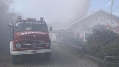 A pesar del incendio no se registraron personas heridas. Trabajaron los Bomberos y personal forestal.