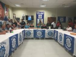 La cumbre de gremios fue en la sede de la UOM (foto @ADNSur)