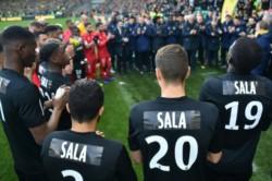 En un partido lleno de emoción por el homenaje a Emiliano Sala, Nantes perdió 4-2 ante el Nimes.