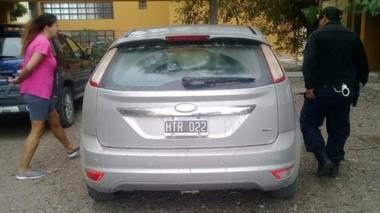 El vehículo Ford Focus fue encontrado ayer en el barrio Codepro.