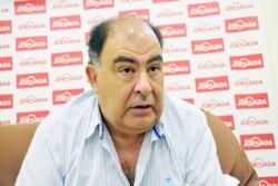 El presidente de la Asociación Mar y Valle de Trelew, Carlos Carvalho, visitó la redacción de Jornada.