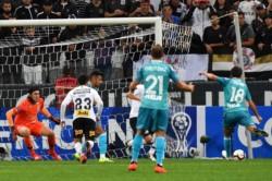 El líder de la Superliga arrancó ganando en Brasil, se tuvo que conformar con la igualdad al final pero define en casa.