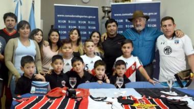 La actividad es organizada por Huracán de Comodoro Rivadavia, con apoyo de Comodoro Deportes.