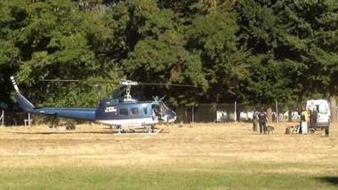 Un helicóptero evacuó al joven y lo esperaba una ambulancia.