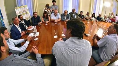 Desde Casa de Gobierno Arcioni lanzó acuerdos de precios en diferentes sectores e hizo énfasis en las dificultades que están atravesando las familias por la alta inflación.