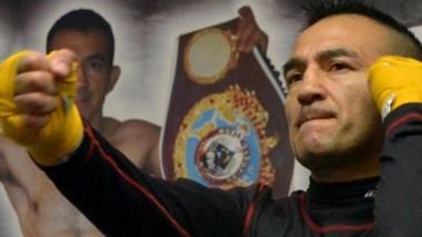 Narváez posee el récord de mayor cantidad de defensas de un título mundial, dos más que Carlos Monzón.