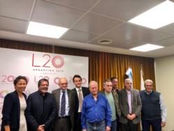 Imagen de archivo de una reunión anterior entre los líderes de la central obrera y el Fondo.