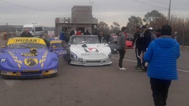 El autódromo Mar y Valle se pone en condiciones para recibir las cinco categorías del automovilismo local.