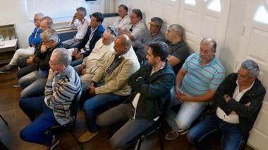 A la espera. El grupo de 15 empresarios de la obra pública que ofrecieron edificaciones varias para no enfrentar un juicio por retornos.