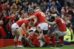 Doce triunfos seguidos para Gales, la mejor racha de su historia. Y encima ante Inglaterra. Hoy no duerme nadie en Gales.