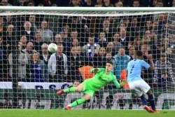 Manchester City es campeón de la Carabao Cup al derrotar al Chelsea en penales.