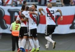 River festejó en Nuñez pero perdió por lesiones a Casco, Nacho Fernández y Quintero.