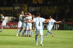 Sol de Mayo, de Viedma, se hizo gigante ante Rosario Central en la Copa Argentina y se quedó con el boleto a los 16avos de final.