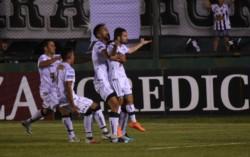 El Pincha de Caseros espera el rival que saldrá de Atlanta - Arsenal de Sarandi.