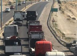 Una ruidosa protesta realizaron los camioneros (foto @ADNSur)