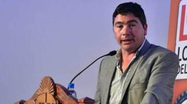 Daniel Cárdenas ya hace campaña en busca de su reelección.