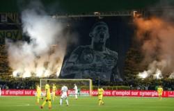Nantes francés rinde homenaje a Emiliano Sala y retira el número nueve.