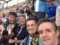 El juez caído en desgracia y el fiscal Marijuan, en una foto en Estados Unidos, viendo un partido de la Selección Argentina.