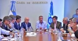 El encuentro encabezado por el gobernador Mariano Arcioni y las autoridades de Camuzzi.