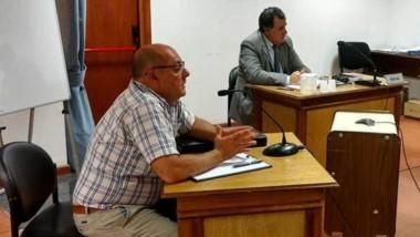 El defensor Marcelo Catalano y el fiscal Herminio González Meneses ante las dos  juezas revisoras.