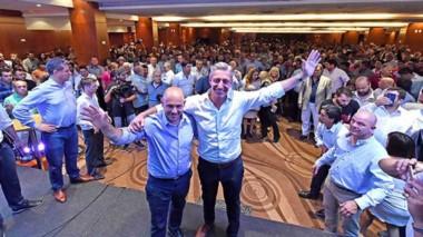 La fórmula en carrera. Arcioni-Sastre fue el primer binomio en confirmar para la carrera electoral hacia la gobernación de este año.