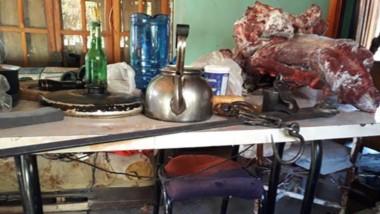 Secuestraron gran cantidad de elementos necesarios para la faena, y gran cantidad de cuchillos.