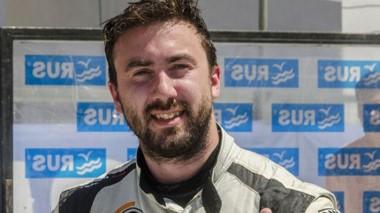 Con su Ford, Gustavo Micheloud correrá en el circuito de Neuquén.