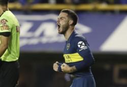 Nández marcó el segundo del Xeneize. Alfaro ganó su primer clásico en Boca.