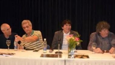 """Mucho público en la presentación del libro del """"Grupo Uno"""". Recrea la historia de la banda de los 70"""