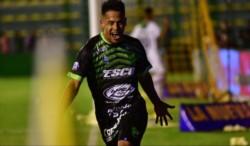 Defensa quedó a un punto de Racing con 9 en juego y, por primera vez en su historia, clasificó a la Libertadores.