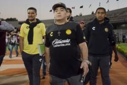 Los Dorados de Maradona, goleados por Pumas y eliminados.