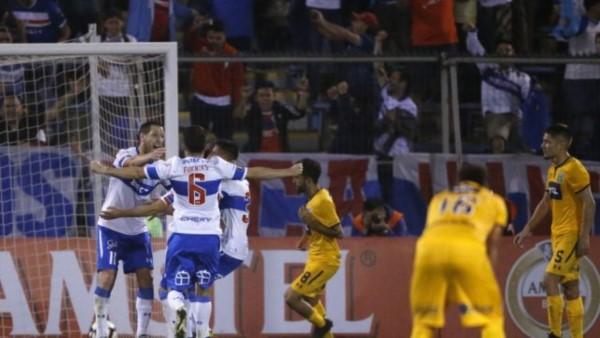 En la última del partido, de penal, Aued le dio el triunfo al equipo chileno.