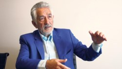 La primera cuota se abonará con los haberes de este mes, la segunda en julio, la tercera en octubre y la última en diciembre, anunció el gobernador Alberto Rodríguez Saá.