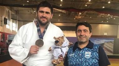 Héctor Campos se colgó la medalla dorada en la categoría +100 kg.