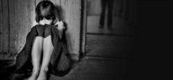 Una menor había revelado que el abuelo de su amiga la había sometido, a ella y a sus amigas, a un trato sexual inadecuado cuando fue a jugar a su casa, y dio detalles del hecho. (Archivo)