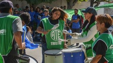 Música. Un sector clave para la educación sigue con sus protestas en demanda de la mejora salarial.