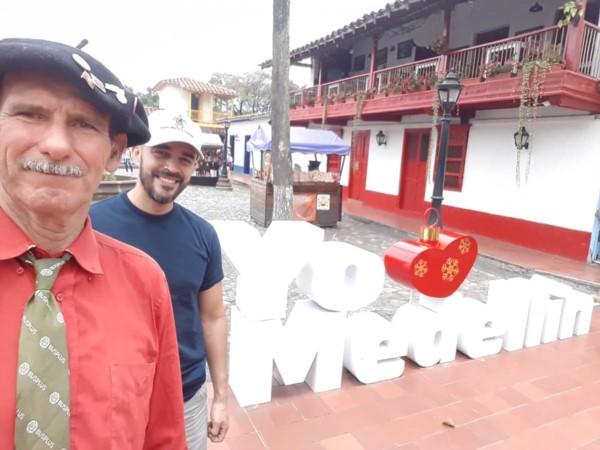 "Caminata ""Las 3 Américas"": Echegaray Davies ya llegó a Medellín"
