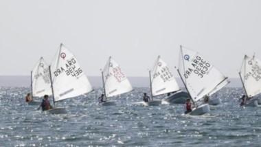 La competencia de yachting se desarrollará del 18 al 21 de abril bajo el Parador Yoaquina de Puerto Madryn.