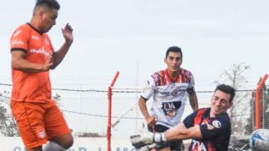 Rodrigo Linares conquista el segundo gol de J.J. Moreno. El ?Naranja?  ganó su cuarto partido de la temporada y acaricia la clasificación.