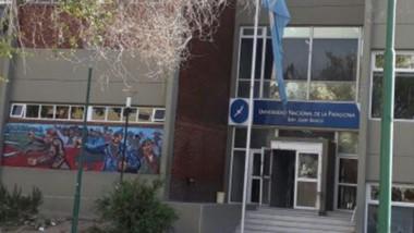 En la Universidad de la Patagonia los docentes adhieren a la medida.