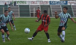 Matías García fue el autor del único gol en El Fortín para decretar la victoria