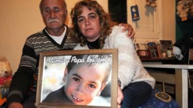 Detuvieron a la madre de Gastón Bustamante tras la agresión al padre del menor (Archivo Fabián Gastiarena/Clarín)