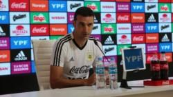 """Scaloni confirmó que Messi estará en la Copa América y aseguró que tiene """"el 80% de la lista preparada""""."""