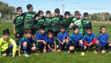 """En Diógenes Green de Rawson, se disputaron varios encuentros del torneo de fútbol infantil """"El Aguante""""."""