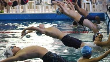 Hubo nadadores de Madryn, Trelew, Gaiman, Deseado, Esquel y Rawson.