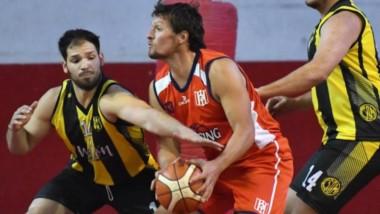 En un emotivo final, Deportivo Madryn se llevó la victoria en duelo de finalistas del torneo anterior.