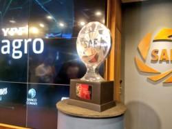 Se presentó el trofeo de la Copa Superliga YPF Agro.